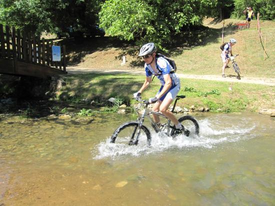 IMG_4076-pedale-eau